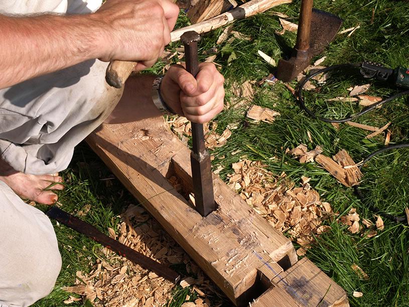 Formation Charpentier Bois - Stage formation professionnelle Découvrir et pratiquer les techniques du charpentier bois